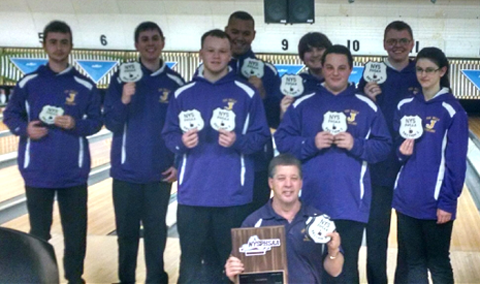 Team with sectional plaque, patches