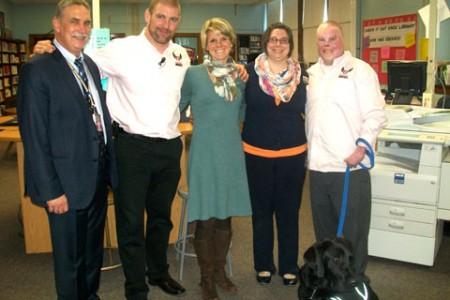 Sweethearts & Heroes Visits Knox