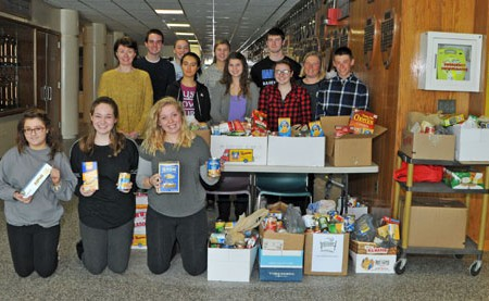 Student Council Helps Out Food Pantry