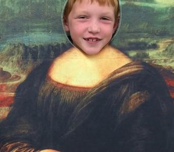 Young Artists Study da Vinci's Mona Lisa