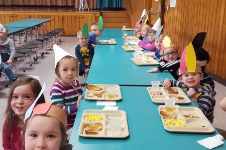 Pleasant Avenue Celebrates Thanksgiving