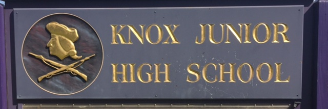 picture of sign that says Knox Junior High School