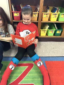 kids reading Dr. Seuss books