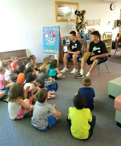 players read to third group