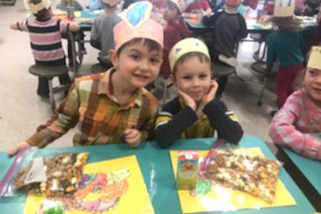 Kindergarten Friendship Thanksgiving Celebration