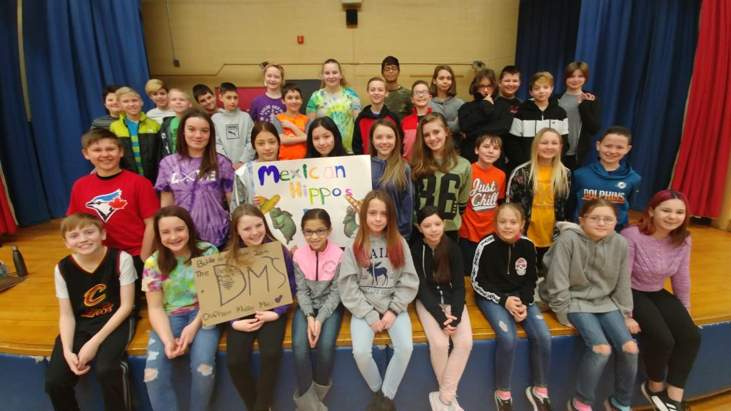 group photo of Battle of the Books competitors